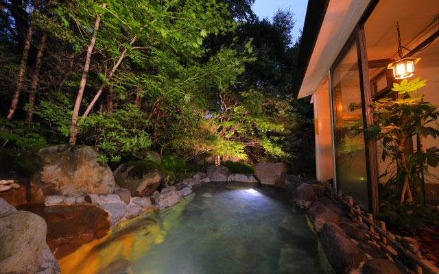 """outdoor baths """"Mori no Yu"""""""