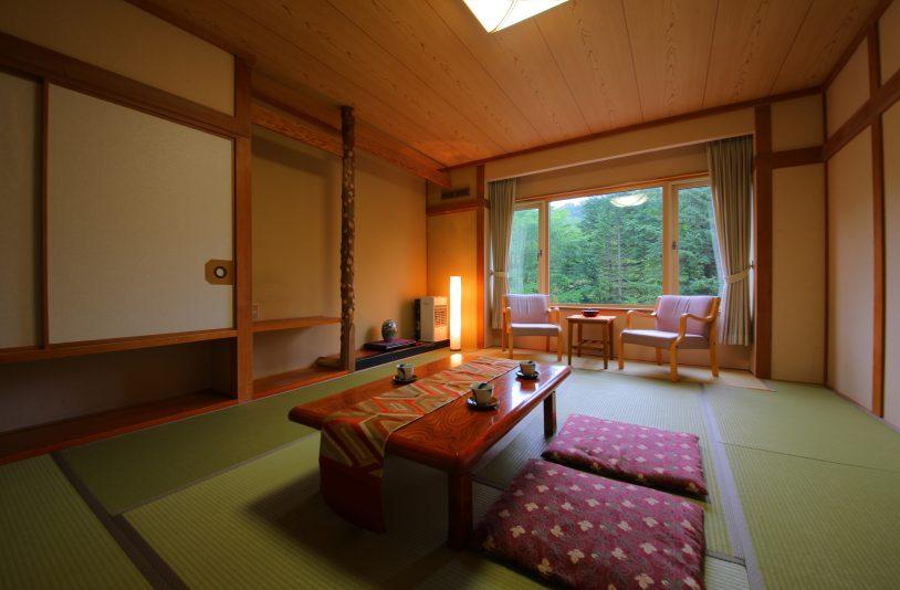 10 tatami rooms
